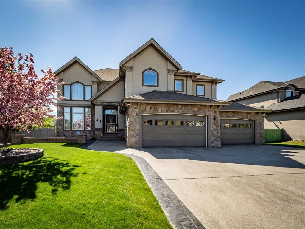 Main Photo: 43 Wentworth Mount SW in Calgary: West Springs Detached for sale : MLS®# A1115457