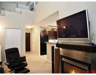 """Photo 10: 10866 CITY Parkway in Surrey: Whalley Condo for sale in """"THE ACCESS"""" (North Surrey)  : MLS®# F2702871"""