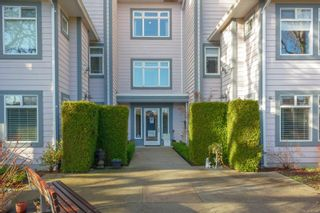 Photo 3: 106 1196 Sluggett Rd in : CS Brentwood Bay Condo for sale (Central Saanich)  : MLS®# 863140