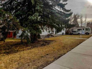 Photo 4: 14803 80 Avenue in Edmonton: Zone 10 House for sale : MLS®# E4241200