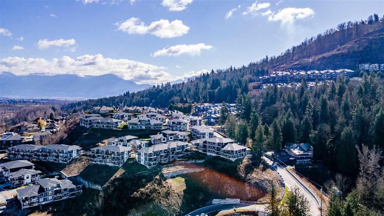 Main Photo: 3 43680 CHILLIWACK MOUNTAIN Road in Chilliwack: Chilliwack Mountain Townhouse for sale : MLS®# R2550199