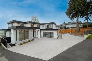 Photo 3: 2230 DAWES HILL ROAD in Coquitlam: Cape Horn House for sale : MLS®# R2574687