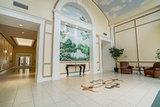 "Photo 19: 802 6838 STATION HILL Drive in Burnaby: South Slope Condo for sale in ""BELGRAVIA"" (Burnaby South)  : MLS®# R2196432"