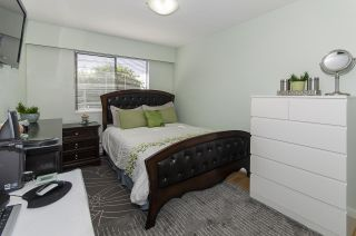 """Photo 12: 304 170 E 3RD Street in North Vancouver: Lower Lonsdale Condo for sale in """"BRISTOL COURT"""" : MLS®# R2480328"""