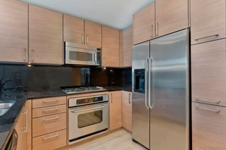 Photo 3: Condo for sale : 1 bedrooms : 800 The Mark Ln #304 in San Diego