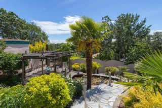 Photo 2: 1319 Tolmie Ave in : Vi Mayfair House for sale (Victoria)  : MLS®# 878655