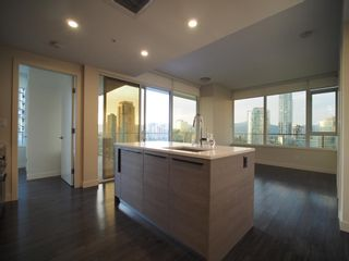 """Photo 3: 1008 6383 MCKAY Avenue in Burnaby: Metrotown Condo for sale in """"Gold House North Tower"""" (Burnaby South)  : MLS®# R2519798"""