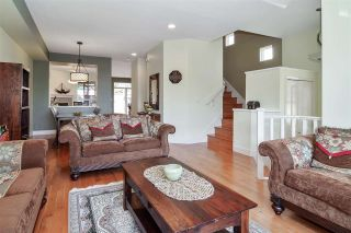 Photo 3: 127 FOREST PARK Way in Port Moody: Heritage Woods PM 1/2 Duplex for sale : MLS®# R2590882