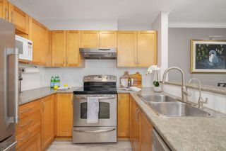 """Photo 17: 205 333 E 1ST Street in North Vancouver: Lower Lonsdale Condo for sale in """"Vista West"""" : MLS®# R2618010"""