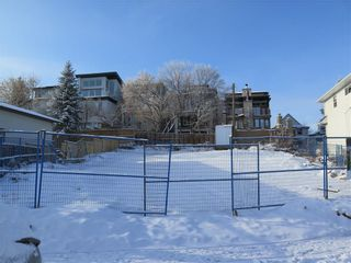 Photo 2: 1107 MAGGIE Street SE in Calgary: Ramsay Land for sale : MLS®# C4226461