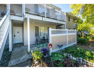 """Photo 2: 304 13955 72 Avenue in Surrey: East Newton Townhouse for sale in """"Newton Park One"""" : MLS®# R2102777"""