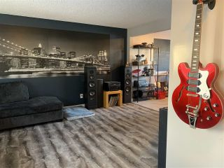 Photo 7: 11532 133A Avenue NW in Edmonton: Zone 01 House for sale : MLS®# E4229294