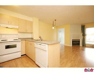 "Photo 2: 217 6359 198TH Street in Langley: Willoughby Heights Condo for sale in ""ROSEWOOD"" : MLS®# F2914367"