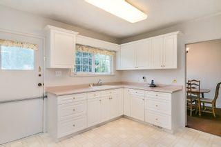 Photo 8: 5858 BRYANT Street in Burnaby: Upper Deer Lake House for sale (Burnaby South)  : MLS®# R2620010