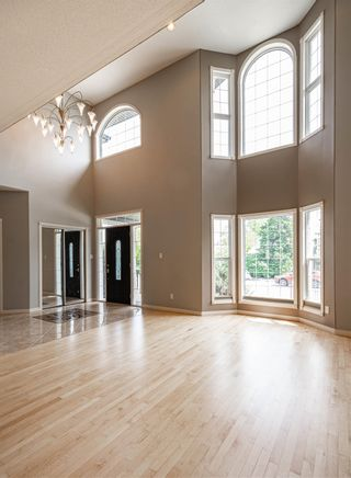 Photo 4: 9206 150 Street in Edmonton: Zone 22 House for sale : MLS®# E4247786