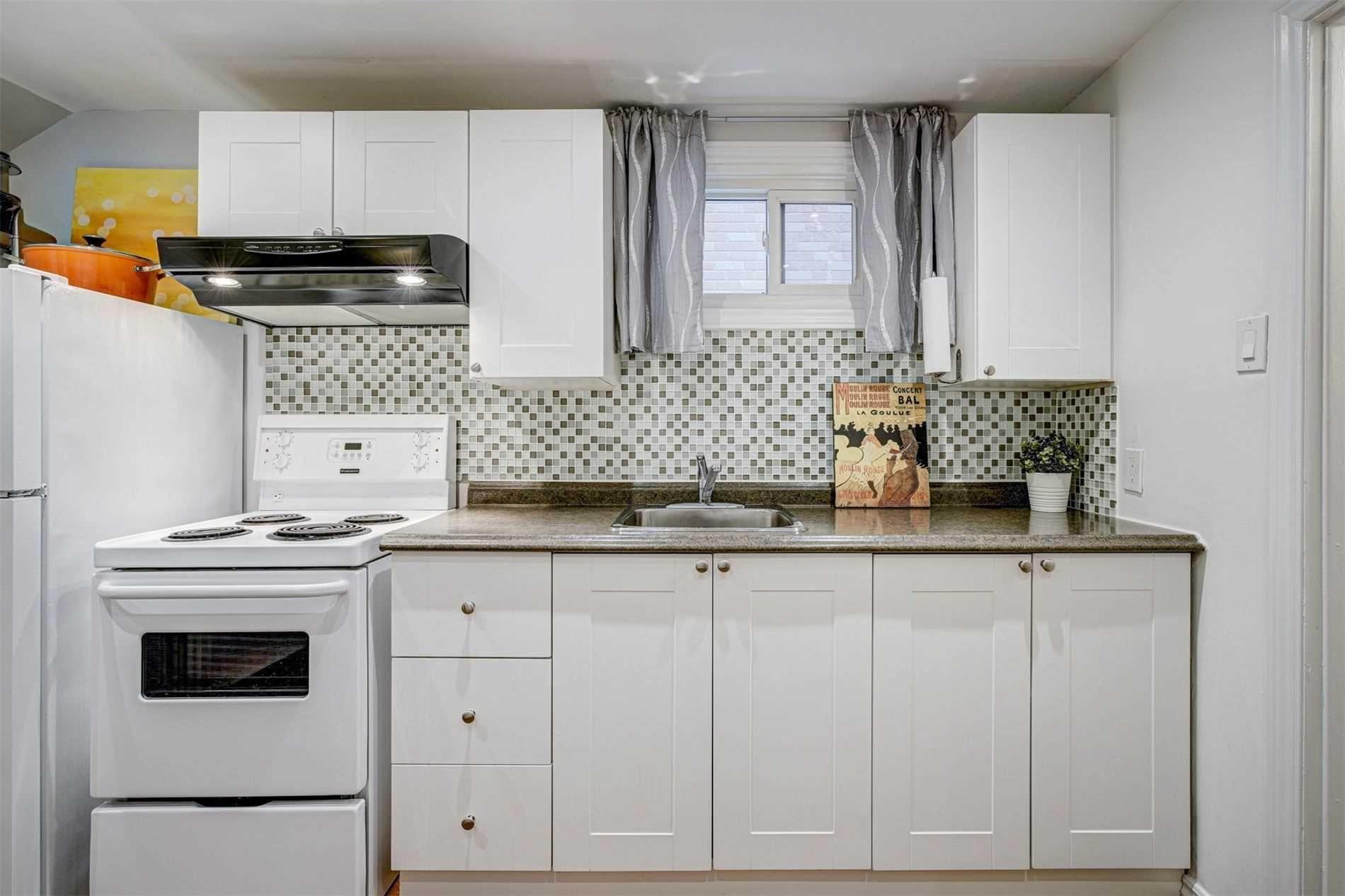Photo 26: Photos: 92 Holborne Avenue in Toronto: Danforth Village-East York House (2-Storey) for sale (Toronto E03)  : MLS®# E5204452