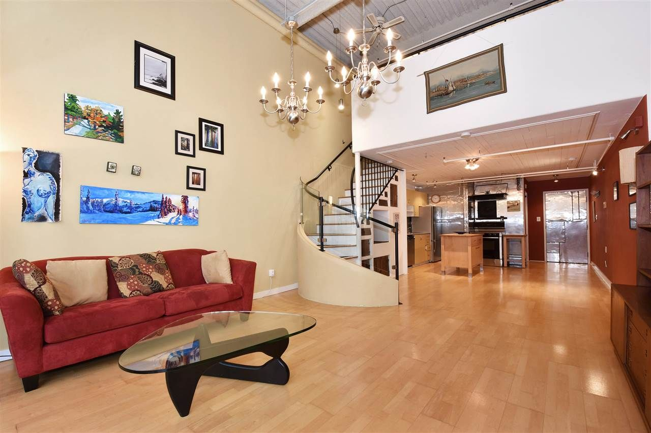 """Photo 1: Photos: 110 237 E 4TH Avenue in Vancouver: Mount Pleasant VE Condo for sale in """"ARTWORKS"""" (Vancouver East)  : MLS®# R2122835"""