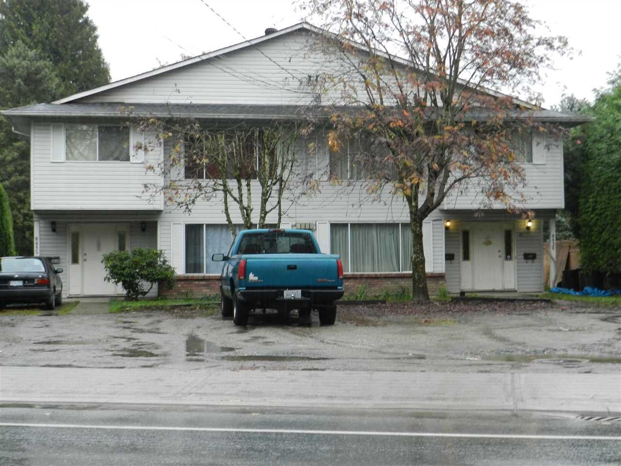 Main Photo: 8828 - 8830 ASHWELL Road in Chilliwack: Chilliwack W Young-Well Duplex for sale : MLS®# R2119904