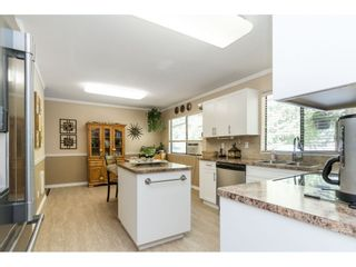 Photo 9: 18222 58B Avenue in Surrey: Cloverdale BC House for sale (Cloverdale)  : MLS®# R2395473