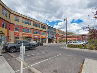 Photo 28: 35 43 SPRINGBOROUGH Boulevard SW in Calgary: Springbank Hill House for sale : MLS®# C4083171