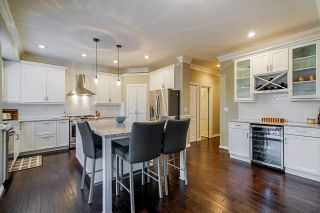 Photo 7: 21654 89A Avenue in Langley: Walnut Grove House for sale : MLS®# R2414875