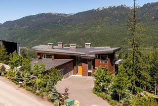 """Photo 37: 2984 TRAIL'S END Lane in Whistler: Bayshores House for sale in """"Kadenwood / Bayshores"""" : MLS®# R2619024"""