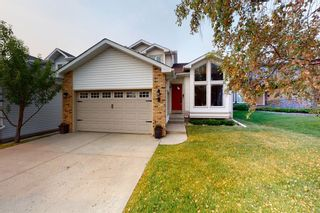 Photo 1: 9 Hawkbury Place NW in Calgary: Hawkwood Detached for sale : MLS®# A1136122