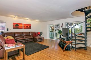 Photo 9: MISSION HILLS House for sale : 3 bedrooms : 3867 Pringle Street in San Diego