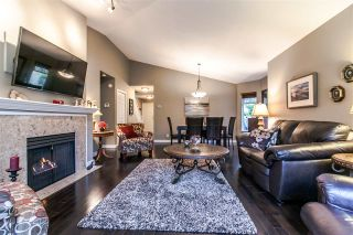 """Photo 5: 29 21138 88 Avenue in Langley: Walnut Grove Townhouse for sale in """"Spencer Green"""" : MLS®# R2013279"""
