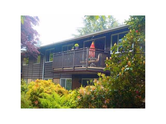 FEATURED LISTING: 208 - 555 28TH Street West North Vancouver