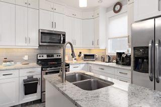 Photo 8: 7604 104 Avenue in Edmonton: Zone 19 House Half Duplex for sale : MLS®# E4261293