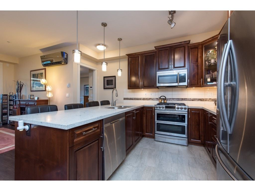 """Photo 8: Photos: A110 20716 WILLOUGHBY TOWN CENTRE Drive in Langley: Willoughby Heights Condo for sale in """"Yorkson Downs"""" : MLS®# R2491391"""