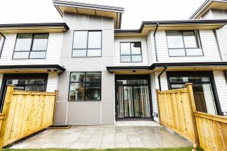 "Photo 5: 1222 SHANNON Lane in Squamish: Downtown SQ Townhouse for sale in ""The Falls at Eaglewind"" : MLS®# R2107690"