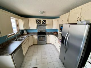Photo 8: 235 McCarthy Boulevard North in Regina: Normanview Residential for sale : MLS®# SK865155