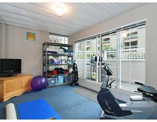 """Photo 8: 102 1525 PENDRELL Street in Vancouver: West End VW Condo for sale in """"CHARLOTTE GARDENS"""" (Vancouver West)  : MLS®# V754405"""