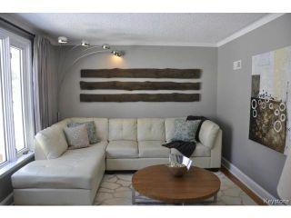 Photo 3: 489 Waverley Street in WINNIPEG: River Heights / Tuxedo / Linden Woods Residential for sale (South Winnipeg)  : MLS®# 1503882