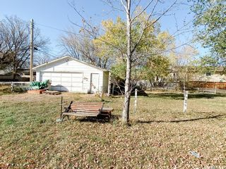 Photo 2: 1221 6th Avenue North in Saskatoon: North Park Residential for sale : MLS®# SK872292