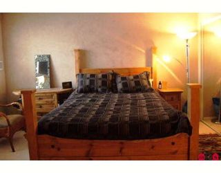 """Photo 5: 215 10186 155TH Street in Surrey: Guildford Condo for sale in """"Somerset"""" (North Surrey)  : MLS®# F2833763"""