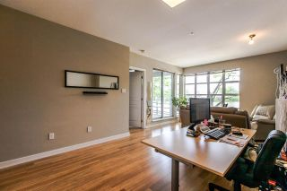 "Photo 5: 208 2020 E KENT AVENUE SOUTH Avenue in Vancouver: Fraserview VE Condo for sale in ""TUGBOAT LANDING"" (Vancouver East)  : MLS®# R2078827"