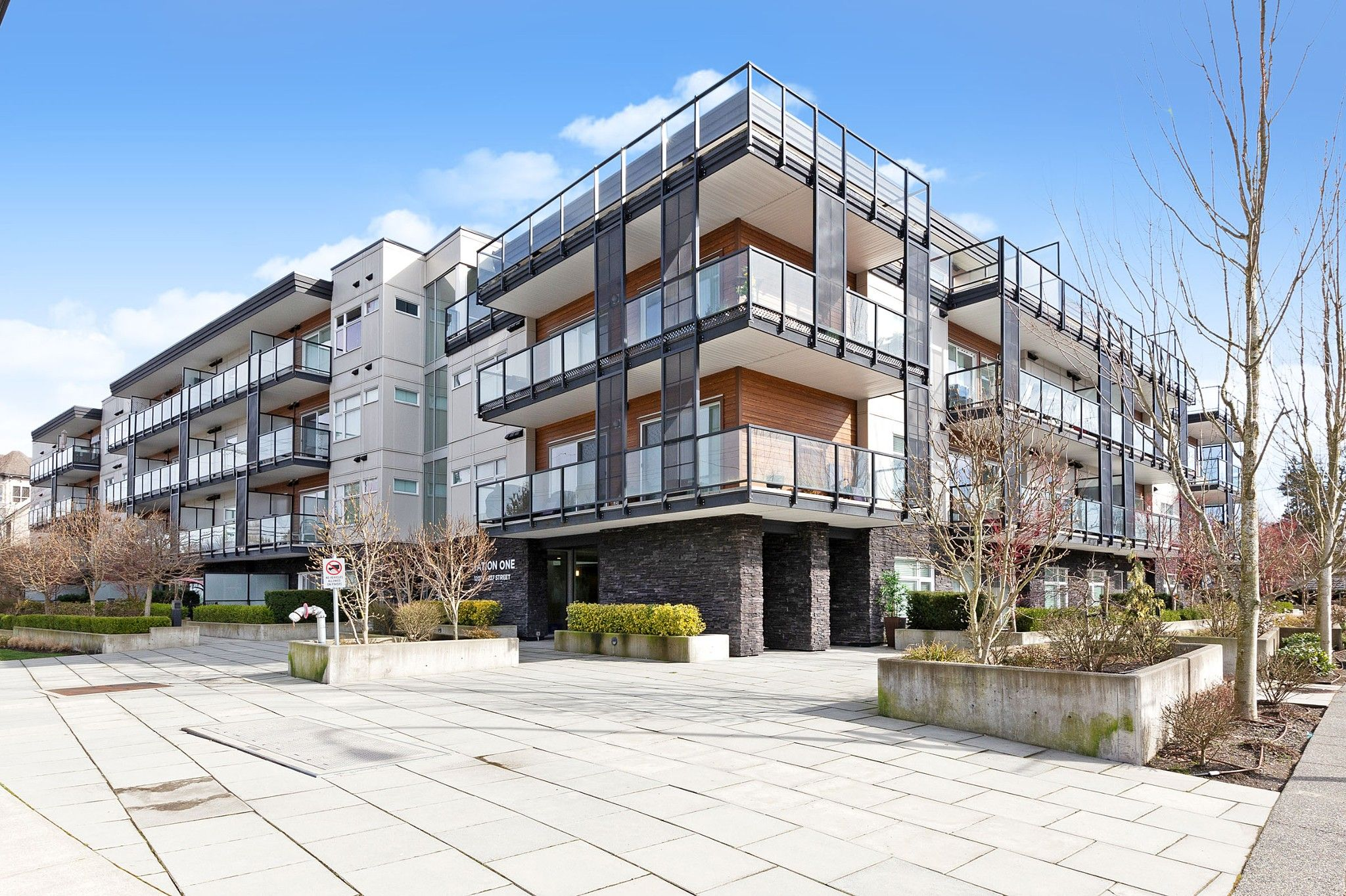 Main Photo: 309 12070 227 Street in Maple Ridge: East Central Condo for sale : MLS®# R2548608