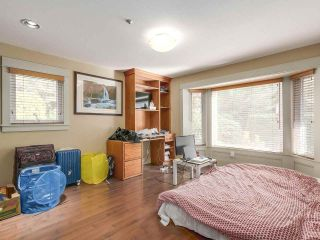 Photo 12: 5725 HOLLAND Street in Vancouver: Southlands House for sale (Vancouver West)  : MLS®# R2206914