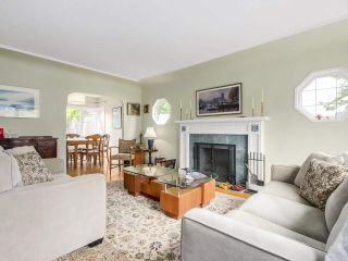 Photo 2: 3939 W KING EDWARD Avenue in Vancouver: Dunbar House for sale (Vancouver West)  : MLS®# R2191736
