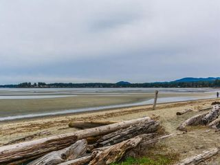 Photo 4: 68 1051 RESORT Dr in : PQ Parksville Row/Townhouse for sale (Parksville/Qualicum)  : MLS®# 872457