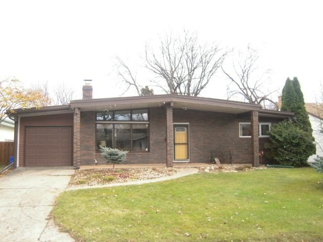 Main Photo: 34 Pawnee Bay in WINNIPEG: Windsor Park / Southdale / Island Lakes Residential for sale (South East Winnipeg)  : MLS®# 1222032