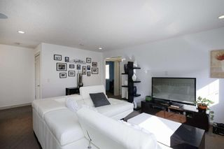 Photo 25: 131 SPRINGBLUFF Boulevard SW in Calgary: Springbank Hill Detached for sale : MLS®# A1066910