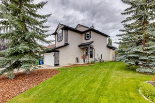 Photo 3: 130 Somerset Circle SW in Calgary: Somerset Detached for sale : MLS®# A1139543