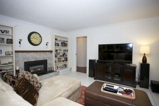 Photo 10: 13228 17A Avenue in Surrey: Elgin Chantrell House for sale (South Surrey White Rock)  : MLS®# R2025266
