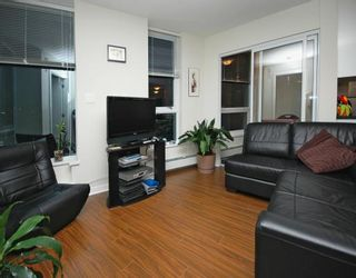 """Photo 2: 2702 188 KEEFER Place in Vancouver: Downtown VW Condo for sale in """"ESPANA"""" (Vancouver West)  : MLS®# V812039"""