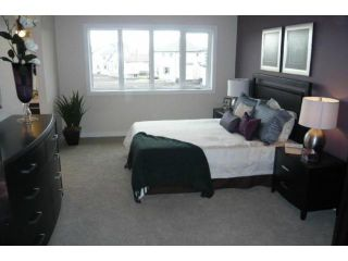 Photo 8: 166 Brookstone Place in Winnipeg: Residential for sale : MLS®# 1116438