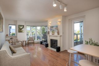 """Photo 4: 205 2428 W 1ST Avenue in Vancouver: Kitsilano Condo for sale in """"NOBLE HOUSE"""" (Vancouver West)  : MLS®# R2450860"""